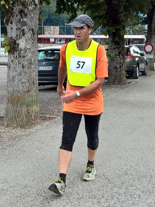 Pascal Biebuyck vainqueur des 24h de Vallorbe le 23 août 2015 [(c) Jérôme Genet / swisswalking.org]