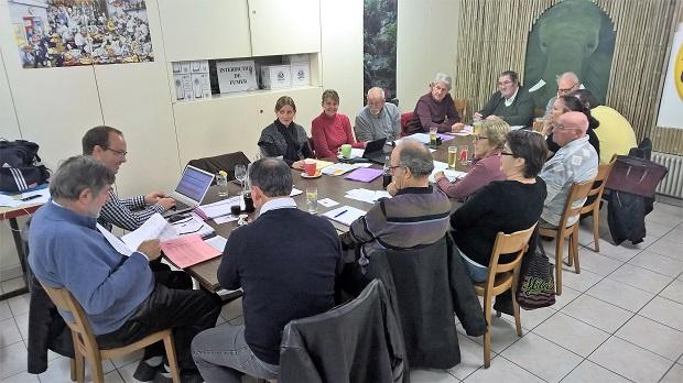 Le comité et les clubs en assemblée à Estavayer [J. Genet]