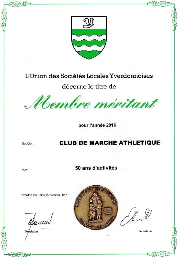 Le diplôme et la médaille qui récompensent le CM Yverdon.